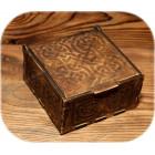 Берёзовая шкатулка квадратная с орнаментом