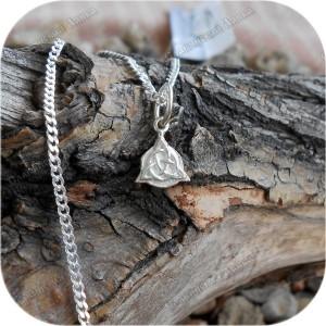 Оберег серебряный «Триглав» детский