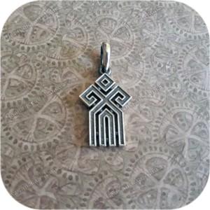 Кулон из серебра женский «Чур»