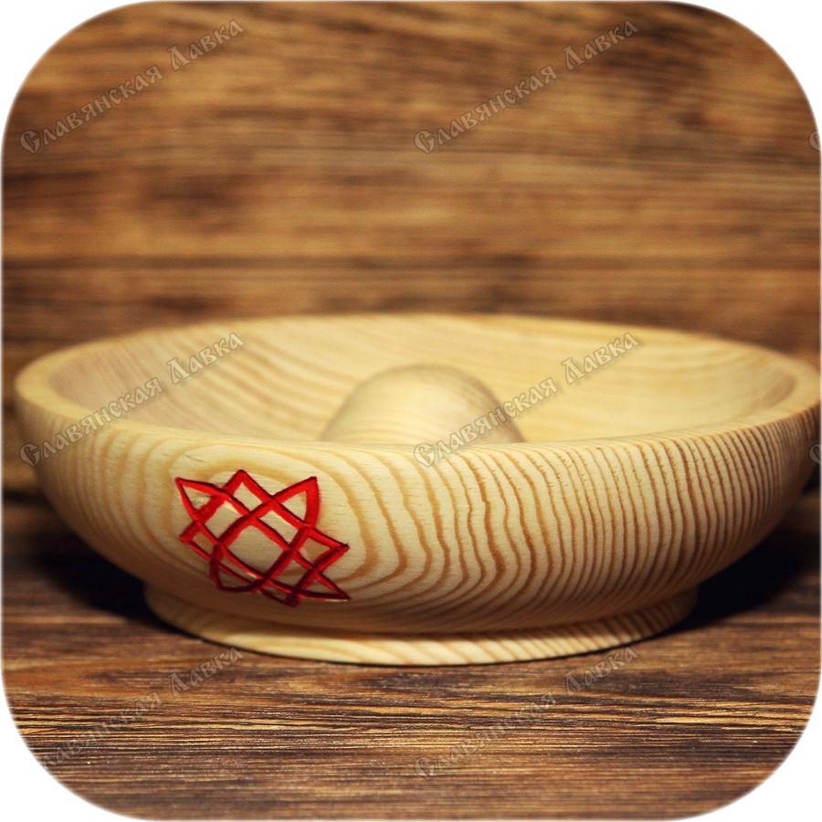 Традиционная требница с символом (на выбор)