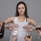 Внимание! Очень важно!!! Почему женщинам категорически нельзя употреблять алкоголь?