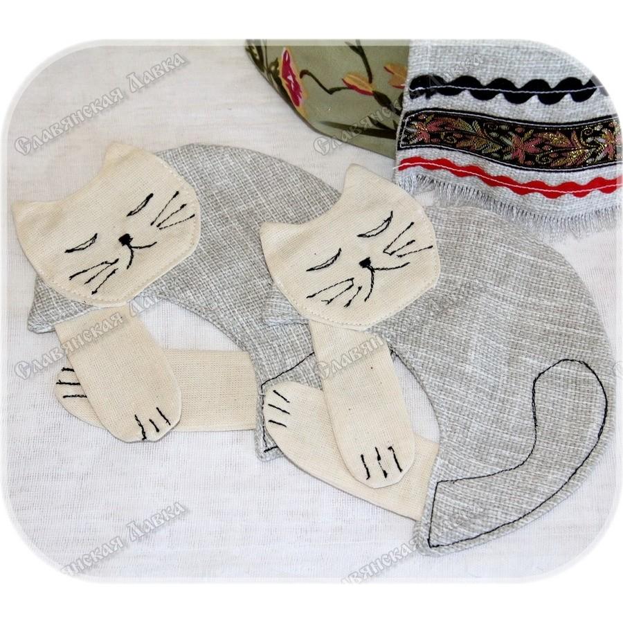 Кукла-мотанка «Чайная» с котиками