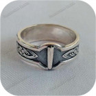 Серебряное кольцо с руной «Иса»