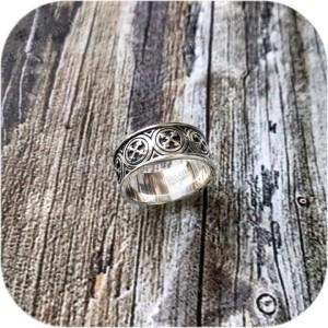 Серебряное кольцо «Крест Мары»