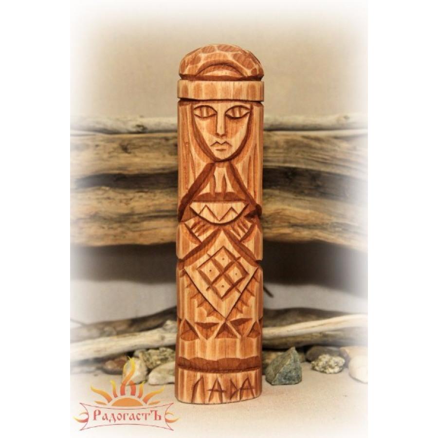 Кумир с ликом богини Лады