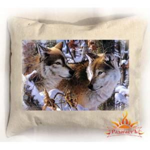 Подушка Волки