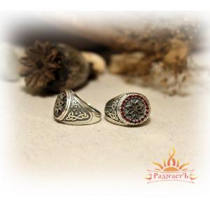 Серебряное кольцо с фианитами «Алатырь»